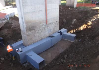 Lavori di costruzione del quinto tronco lotto 3 della strada Provinciale per Argusto allo svincolo di Gagliato. (Consolidamento pila n. 16)